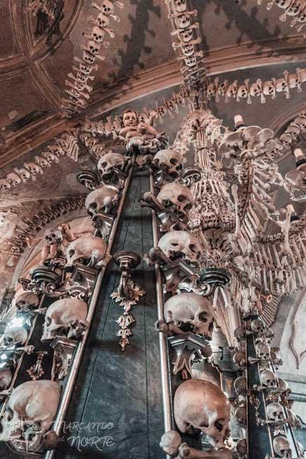 Adornos óseos